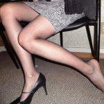 人妻熟女の歳を感じさせない美脚ラインが糞ヌケる脚フェチエロ画像