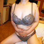 旦那が掲示板に投稿した自慢の妻の全裸写メを晒すエロ画像スレまとめたったwww