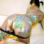 極道の道に生きてる人妻熟女ママの一生消えない刺青ヌードエロ画像をご覧下さい。