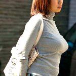 組み合わせ抜群!!人妻熟女のセーター&ニット着衣巨乳おっぱいエロ画像