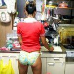 自宅で完全プライベートモードな嫁を隠し撮りした盗撮エロ画像流出www